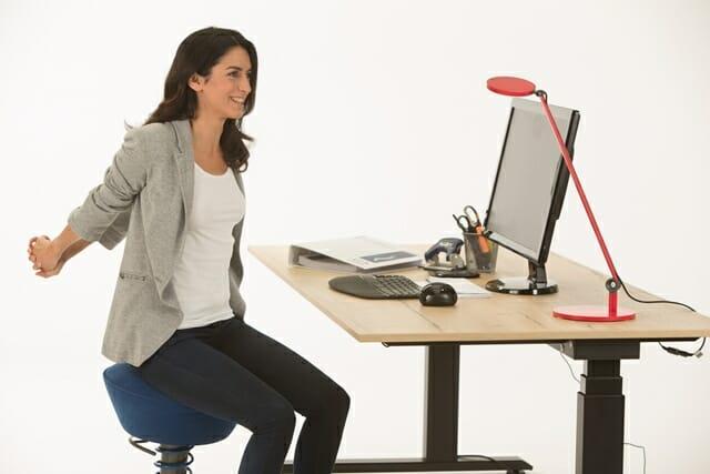Das rückenfreundliche Büro – mit mehr Bewegung gegen Rückenschmerzen